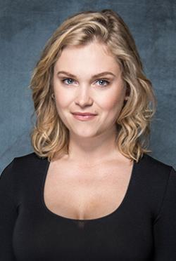 Eliza Taylor-演員近照