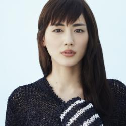 綾瀨遙-演員近照
