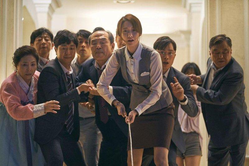 極限逃生_EXIT_電影劇照